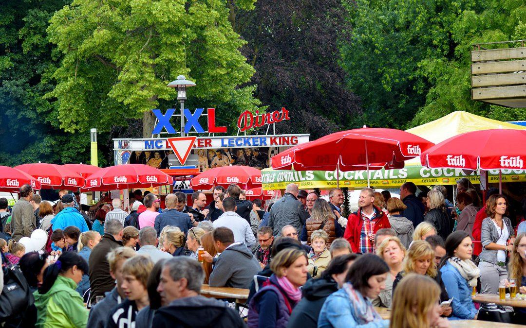 "Traditionelles Stadtfest ""Unter den Linden"""
